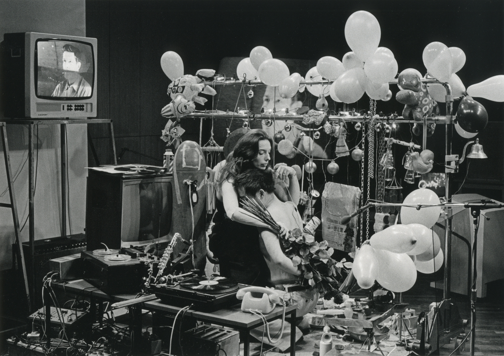 """Klaus Barisch, 26'1.1499"""" for a String Player, soiree Paik-Moorman, WDR Funkhaus, Cologne (1980)"""
